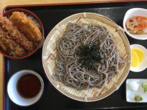 長野県の十割そばとソースかつ丼のお店