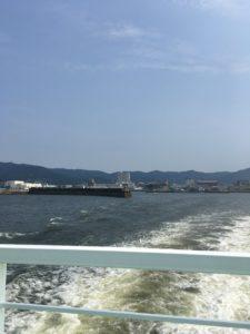 三河大島東浜へ向かう渡船から撮影した写真